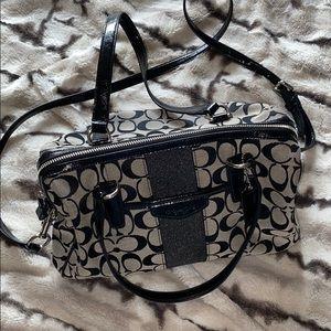 Authentic Coach purse w/removable cross body strap